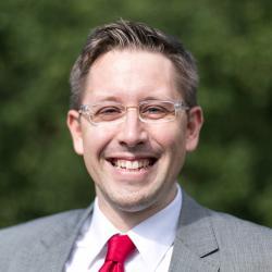 Dr. Dominik Jäger