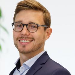 Dr. Florian Seebeck