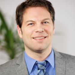 Dr. Marc Pollmann